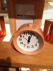 木目の時計