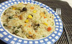 野菜を油でぐつぐつ煮て作ると美味しい!チャーハン