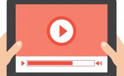 ゲーム動画や音楽を YouTube にアップして収益が得られるの?