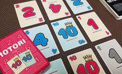 足し算で勝負!小学生でも大人でも楽しめるボードゲーム『10TORI』